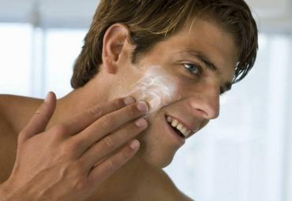 Rituel beauté masculin : comment prendre soin de son visage  quand on est un mec ?