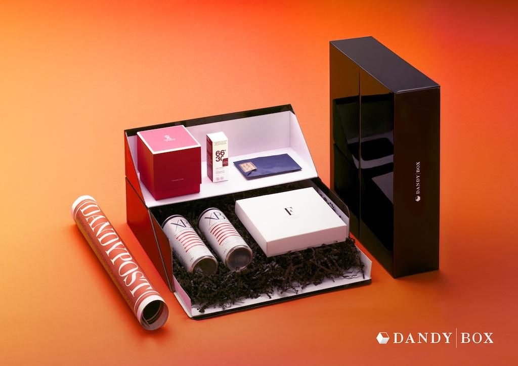 la box mensuelle pour homme mes abonnements pr f r s. Black Bedroom Furniture Sets. Home Design Ideas