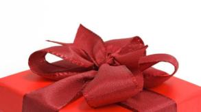 Trouvez un cadeau pour femme à offrir cet été !