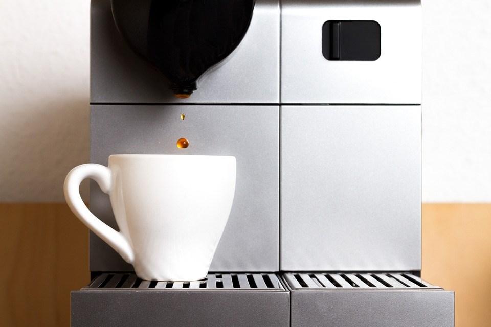 Nespresso ou dolce gusto quelle machine caf est faite pour vous - Quelle machine a cafe choisir ...