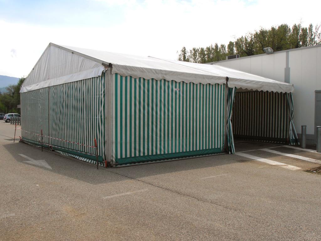 Bâtiment et hangar démontable
