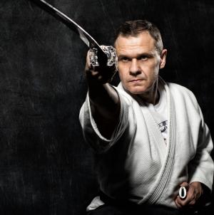 Quel sport martial pour manier un katana ?