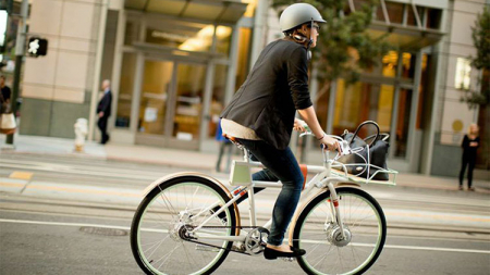 Quels sont les avantages des vélos électriques dans les grandes villes ?