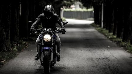 Comment devenir taxi moto à son compte?