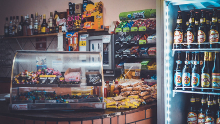 Que trouve-t-on dans une épicerie sucrée ?