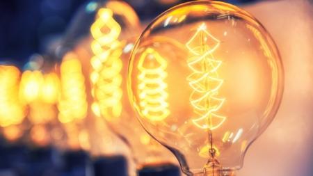 Choisir le bon fournisseur d'électricité pour faire des économies