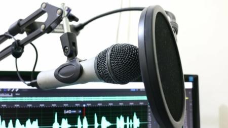 Les meilleurs podcasts qui donnent la parole aux hommes